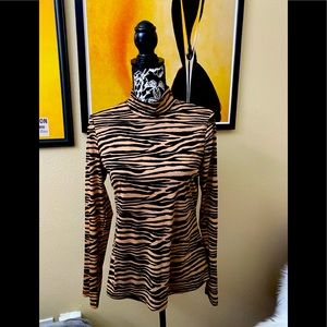 *BOGO ITEM* Zebra STRIPED TOP